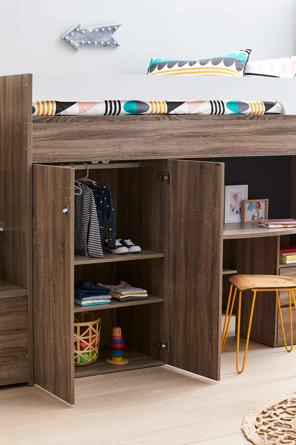 Quantum Loft Bed Amp Desk Mocha Oak Bedroom Furniture